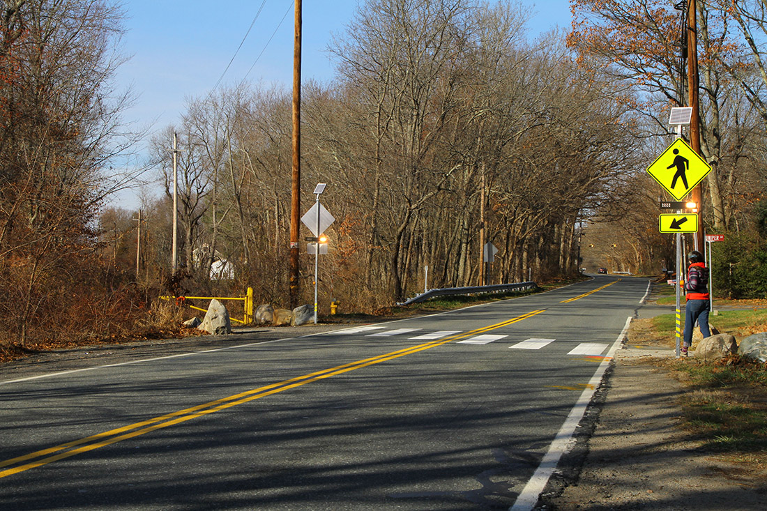 Midblock crosswalk in Topsfield, Massachusetts, using solar-powered rectangular rapid flashing beacons